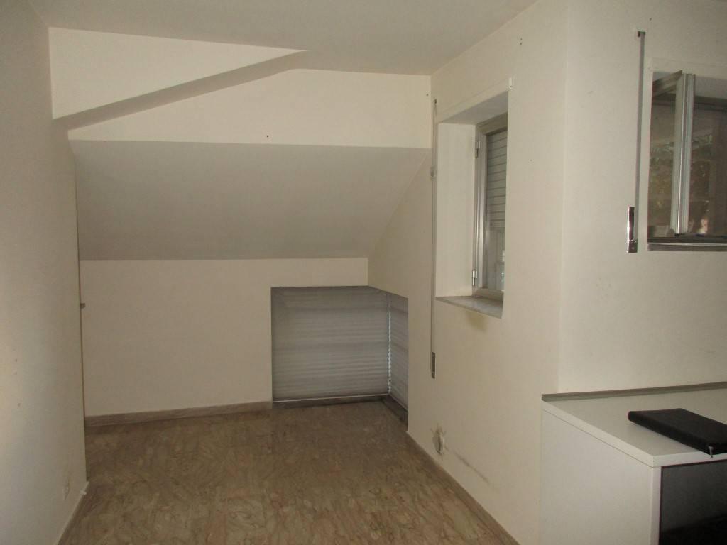 Appartamento in ottimo stato con posto auto condominiale
