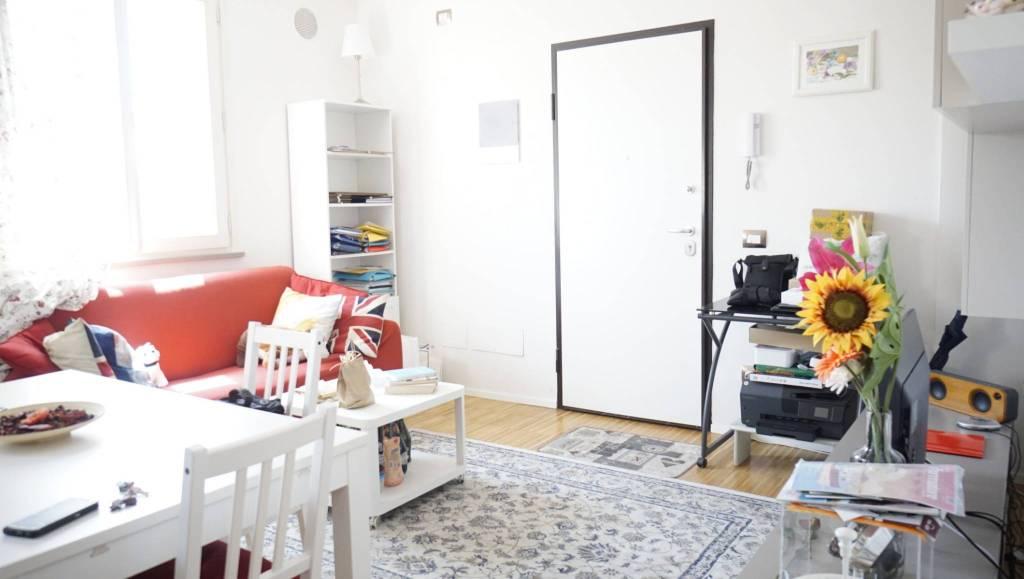 Appartamento arredato in vendita Rif. 8356094