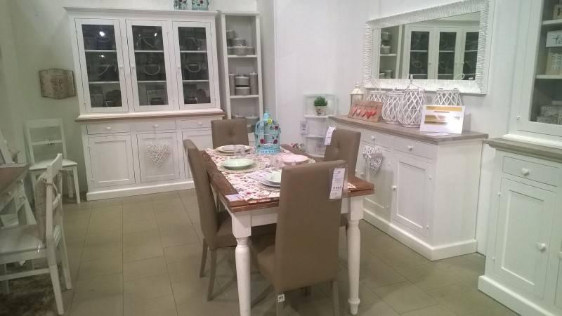 Appartamento in buone condizioni arredato in affitto Rif. 8353567
