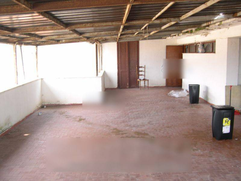 Appartamento da ristrutturare in vendita Rif. 8356395