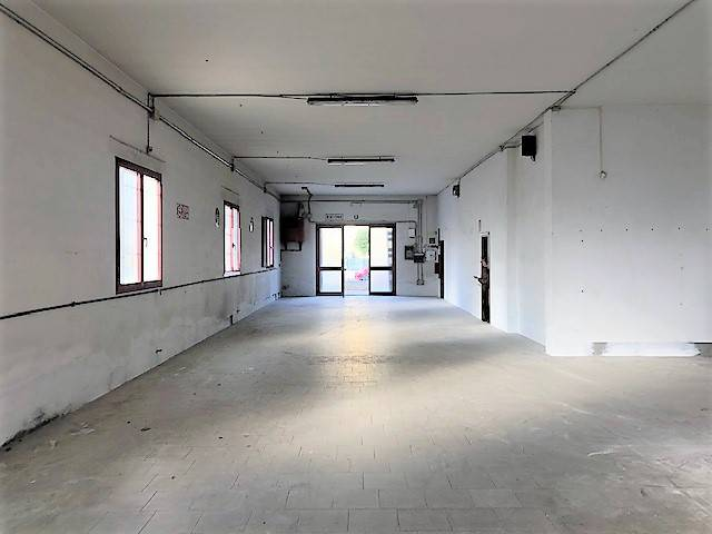 Monsummano Terme Capannone/Laboratorio/Showroom Rif. 8353687