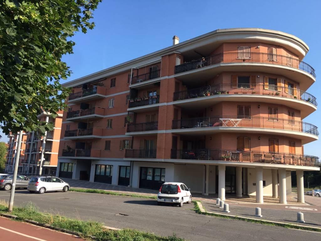 Appartamento in ottime condizioni in vendita Rif. 8422362