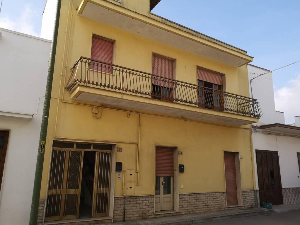 Appartamento in vendita a Veglie, 4 locali, prezzo € 85.000 | PortaleAgenzieImmobiliari.it