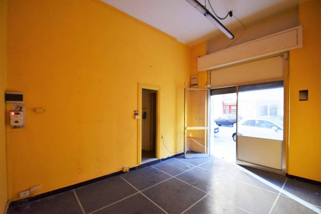 Negozio / Locale in affitto a Genova, 1 locali, zona Zona: 16 . Voltri, Ponente Mare, prezzo € 400   CambioCasa.it