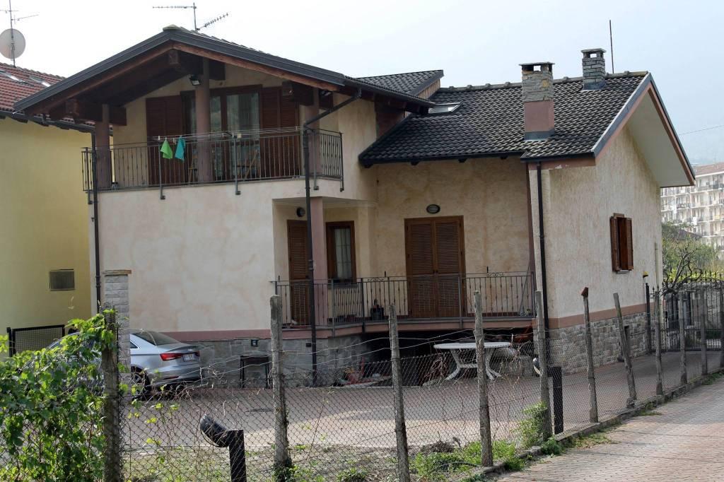 Villa in ottime condizioni parzialmente arredato in vendita Rif. 8370476