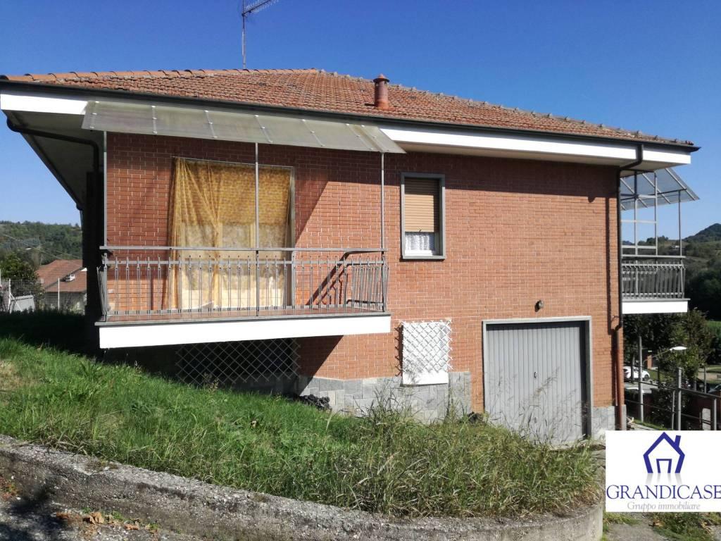 Villa in buone condizioni in vendita Rif. 8079527