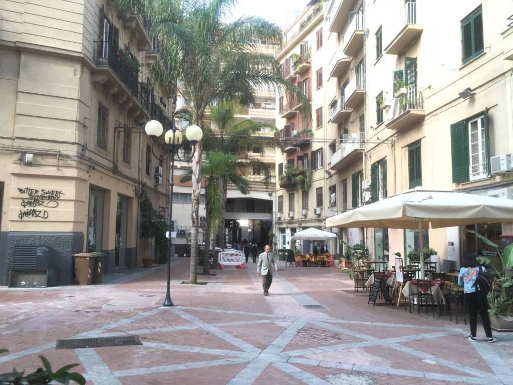 Ufficio-studio in Affitto a Palermo Centro: 4 locali, 150 mq
