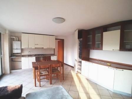 Appartamento in ottime condizioni in vendita Rif. 8370289
