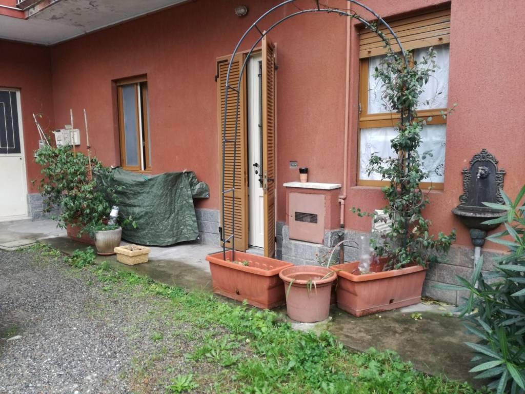 Appartamento in buone condizioni arredato in vendita Rif. 8380167