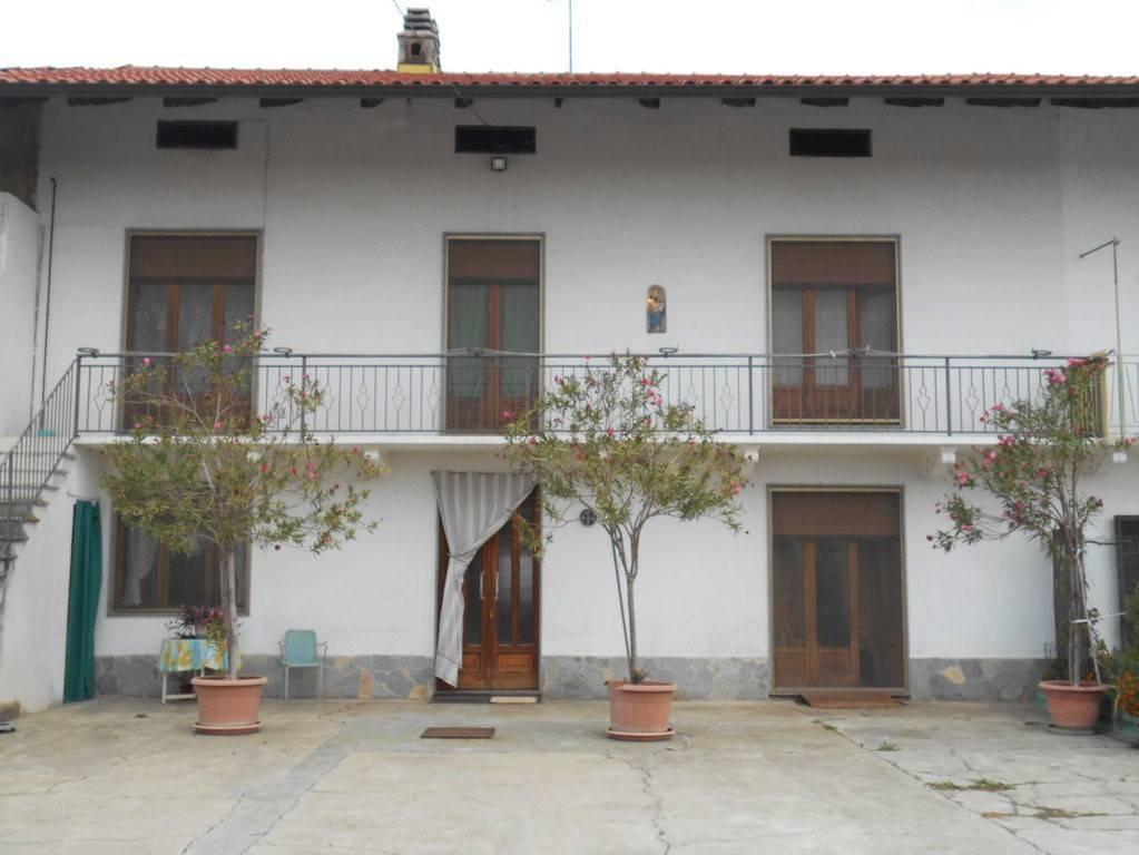 Villa in vendita a Cigliano, 5 locali, prezzo € 112.000 | PortaleAgenzieImmobiliari.it