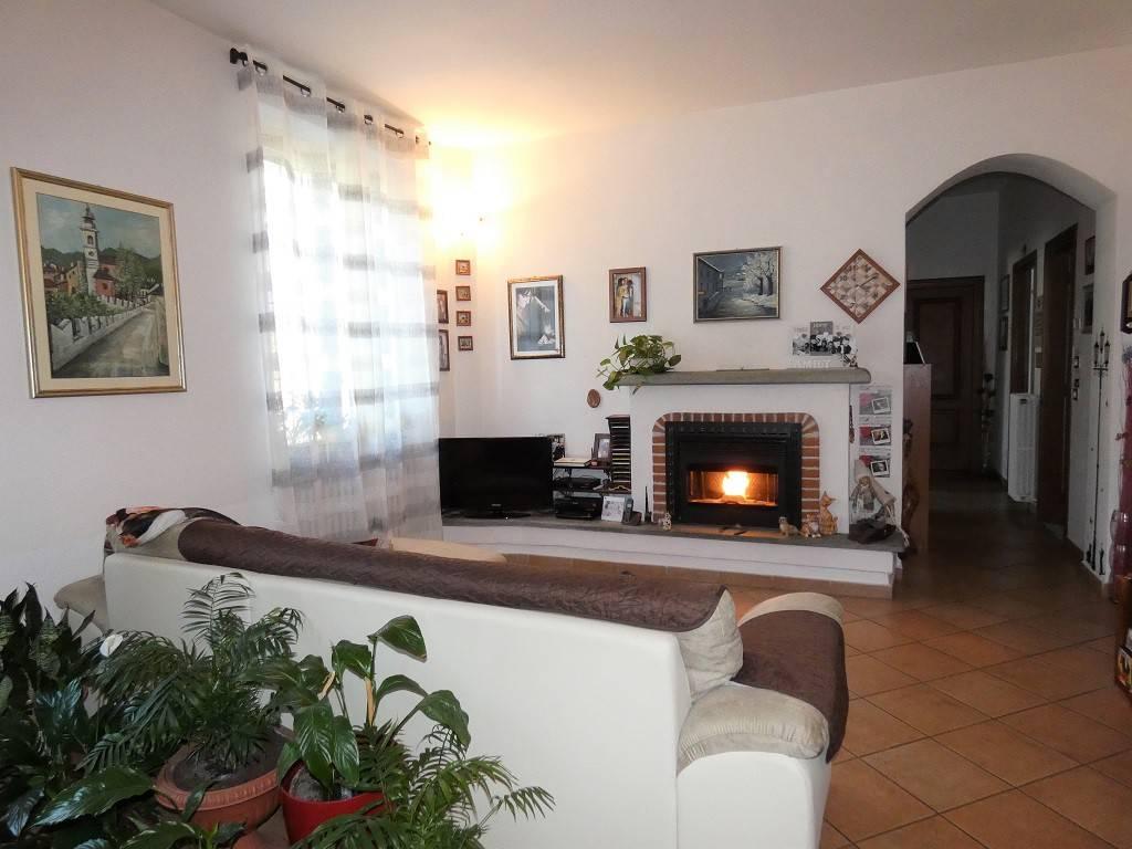 Appartamento in ottime condizioni in vendita Rif. 5312691