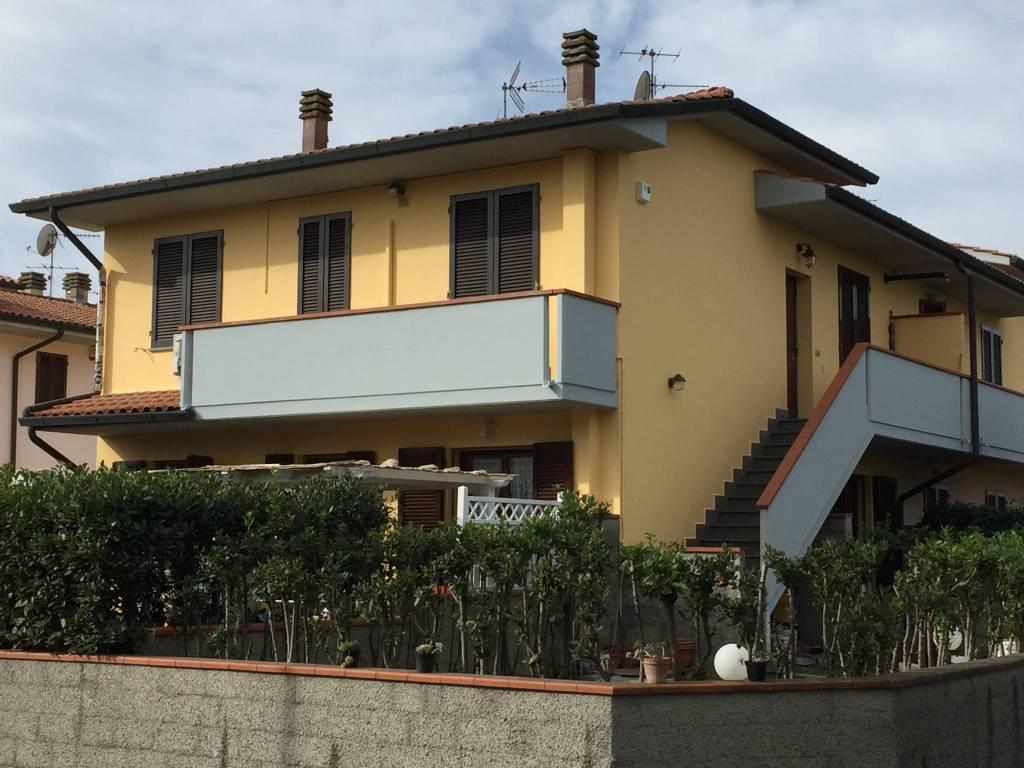 Appartamento in ottime condizioni in vendita Rif. 7929339
