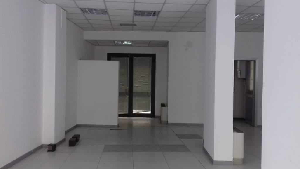 VIA GIULIA - foro commerciale Rif. 8380596