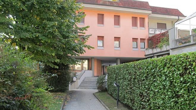 Ufficio / Studio in vendita a Borgomanero, 4 locali, prezzo € 112.000 | CambioCasa.it