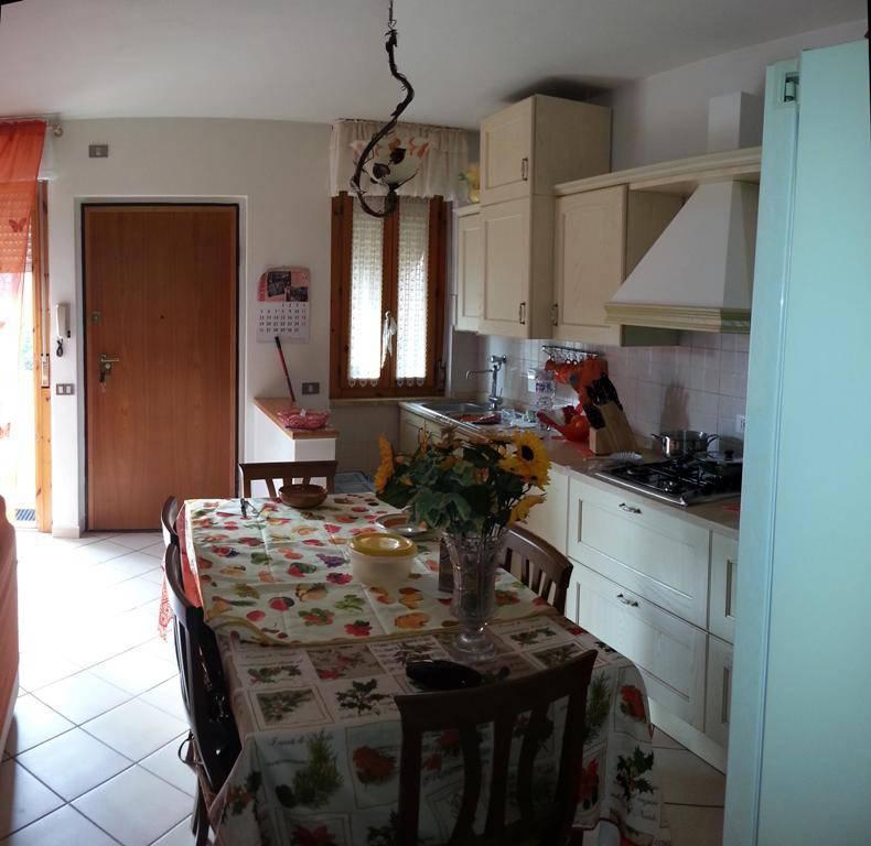 Appartamento in ottime condizioni in vendita Rif. 8401278