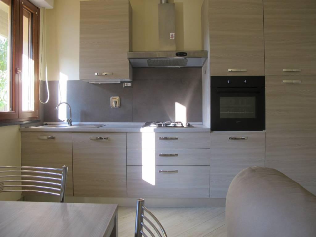 Appartamento arredato in affitto Rif. 8396686