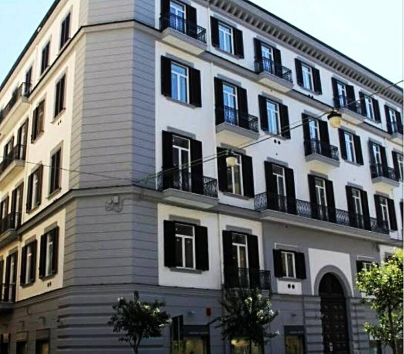 Appartamento in ottime condizioni parzialmente arredato in vendita Rif. 8260089