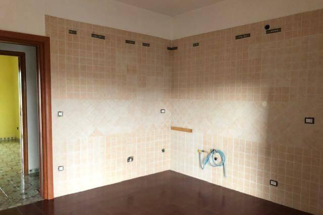 Appartamento in buone condizioni arredato in affitto Rif. 8396693