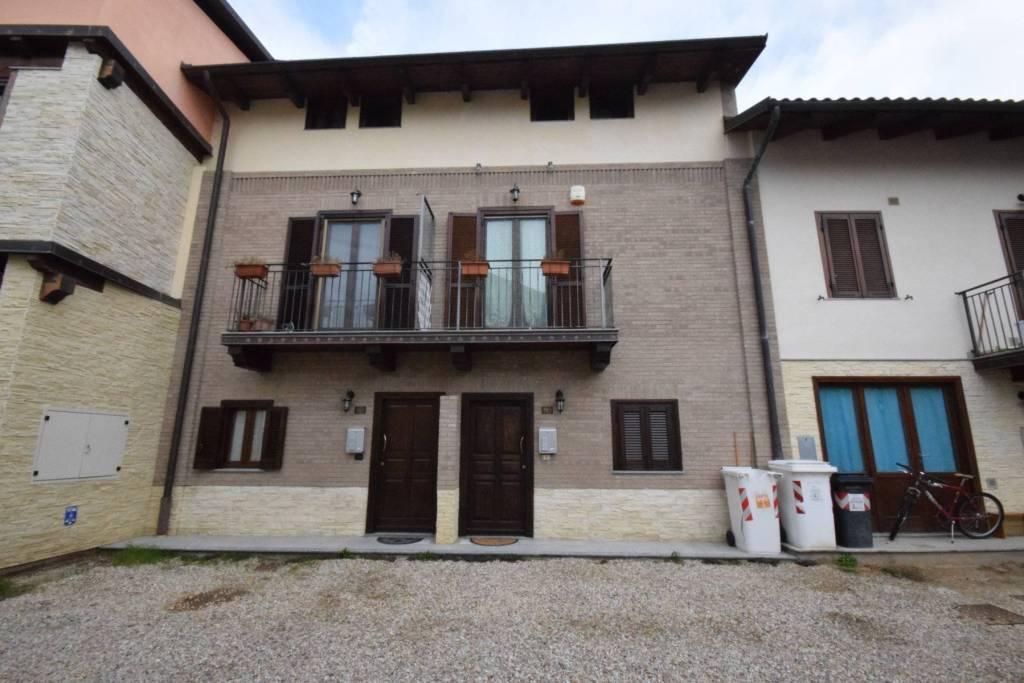 Casa Indipendente in ottime condizioni in vendita Rif. 8400308