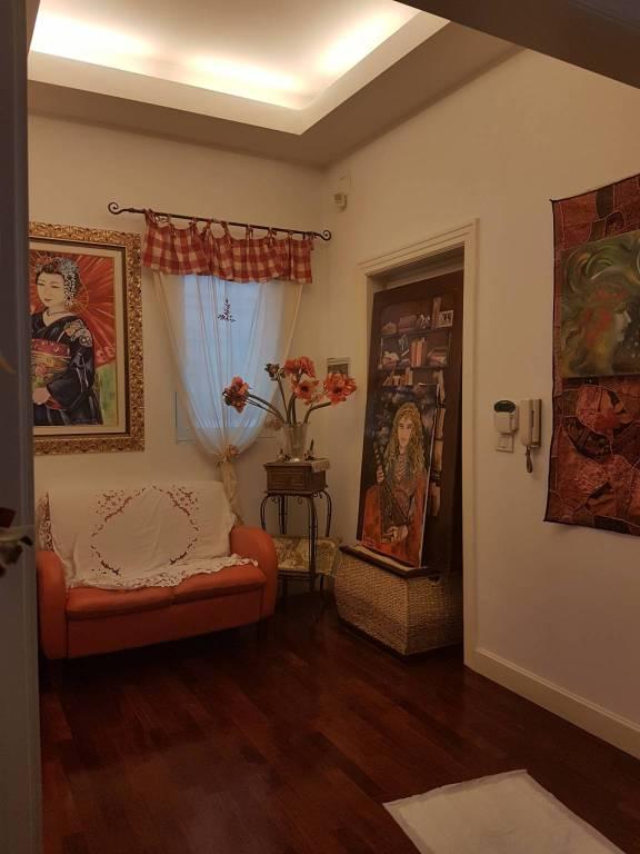 Appartamento in ottime condizioni parzialmente arredato in affitto Rif. 8521563
