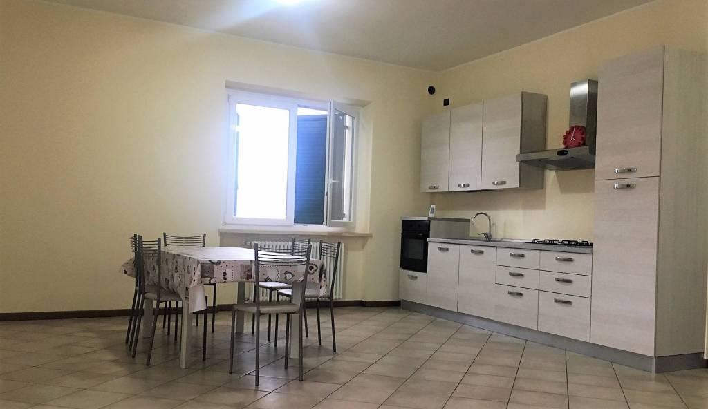Appartamento in affitto a San Pietro in Cariano, 2 locali, prezzo € 750 | CambioCasa.it