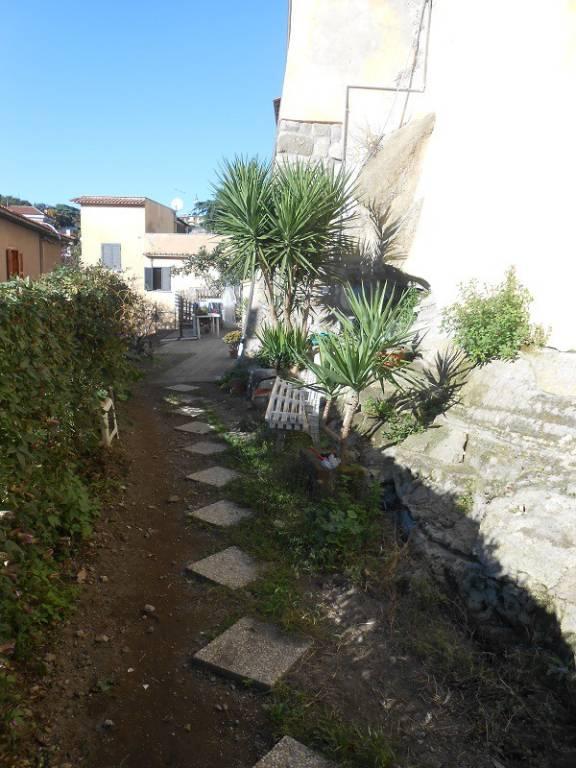 Appartamento centro storico con giardino