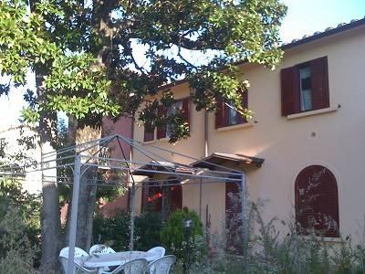 Appartamento in ottime condizioni in affitto Rif. 8398448