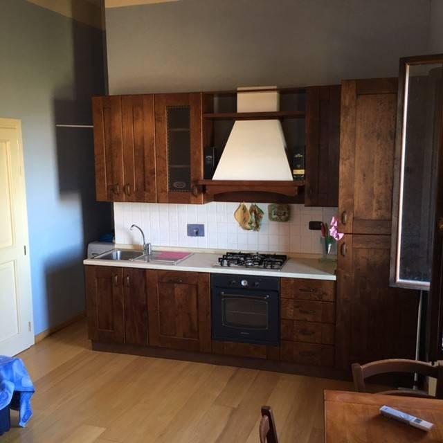 Appartamento in ottime condizioni arredato in vendita Rif. 8400712