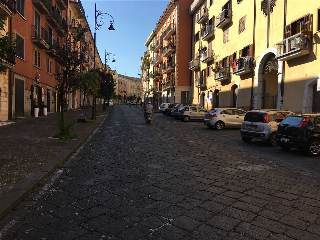 Bilocale Corso Umberto I, Avellino