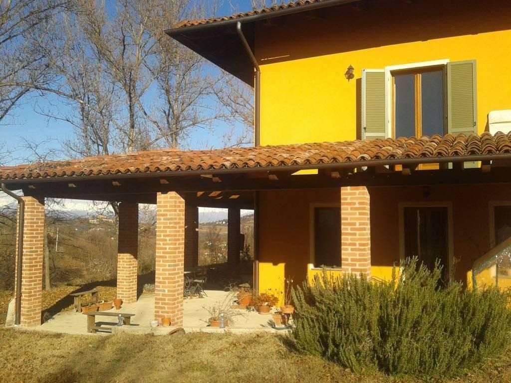 Foto 1 di Villa via Tetti Ottone, Marentino