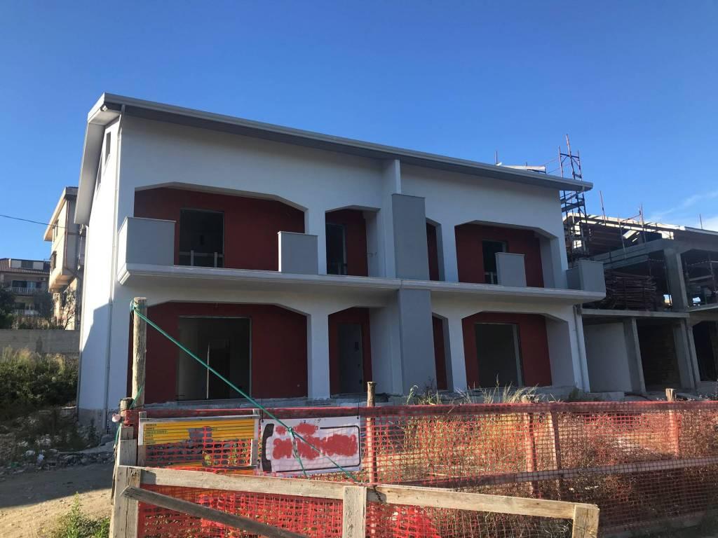 Ville bifamiliari in costruzione a Mendicino