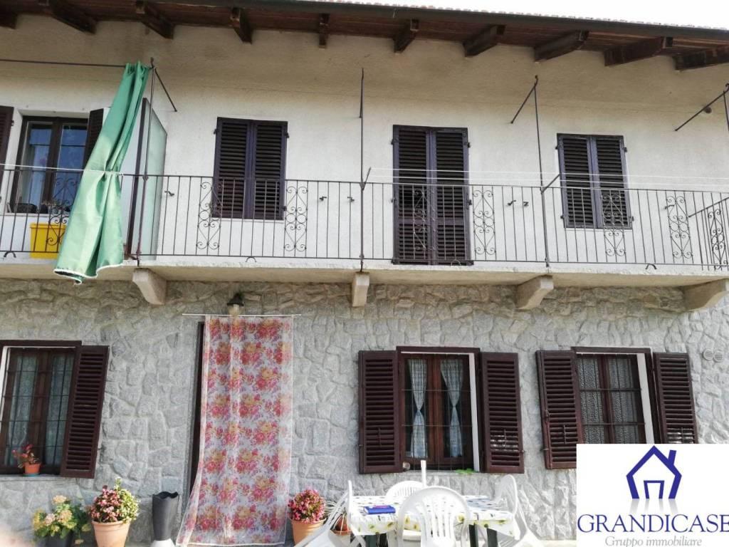 Appartamento in ottime condizioni arredato in affitto Rif. 8170728