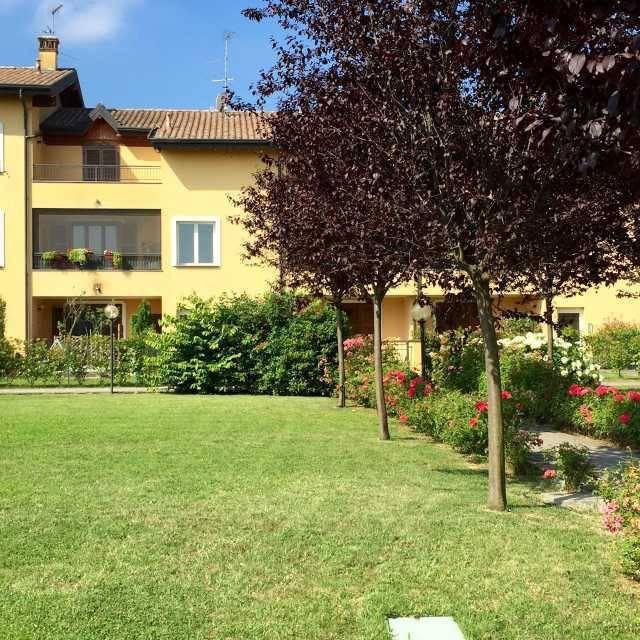 Appartamento in ottime condizioni in vendita Rif. 8413194