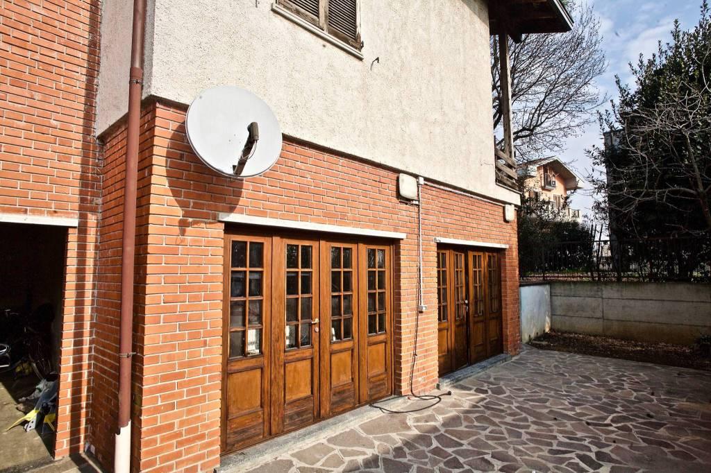 Appartamento in vendita a Fornovo San Giovanni, 3 locali, prezzo € 120.000   CambioCasa.it