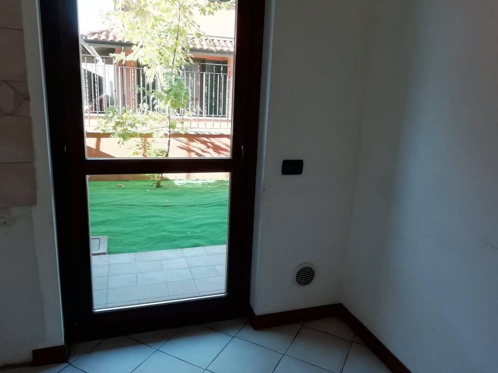 Villa a Schiera in vendita a Busto Arsizio, 4 locali, prezzo € 220.000 | CambioCasa.it