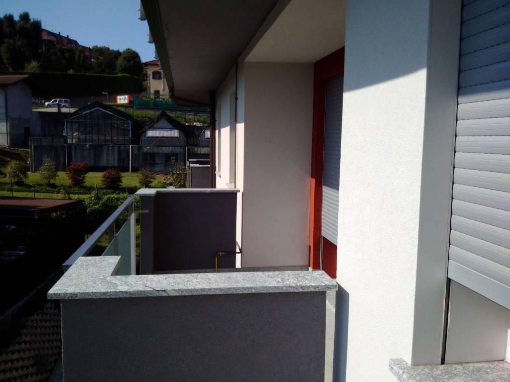 Appartamento in ottime condizioni arredato in affitto Rif. 8410550