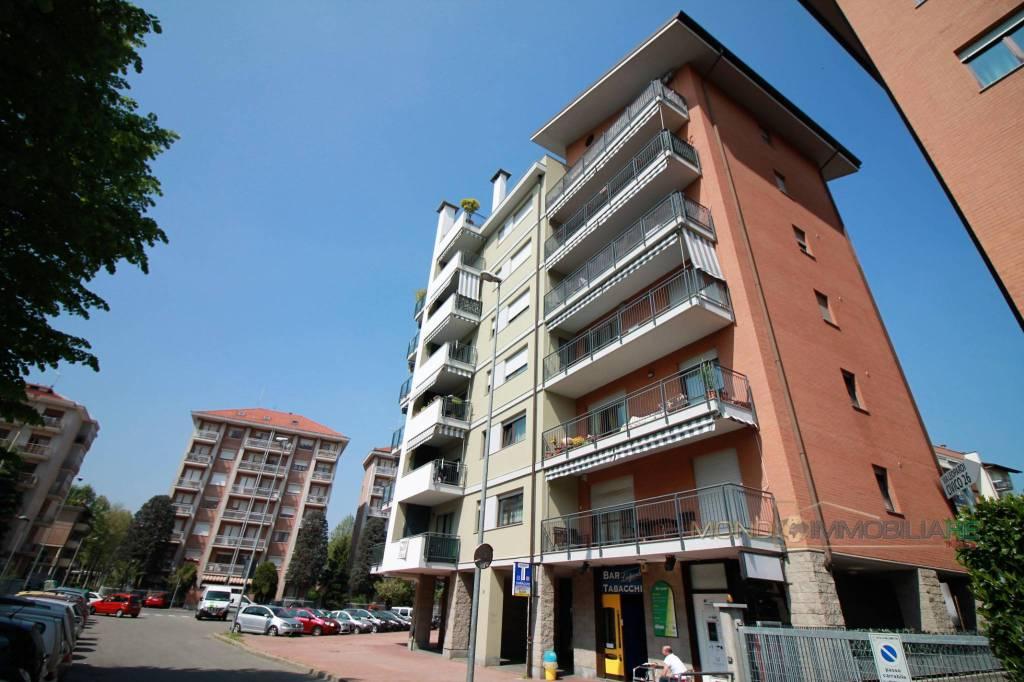 Appartamento in ottime condizioni in vendita Rif. 9454381