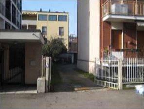 Appartamento in buone condizioni in vendita Rif. 8640918