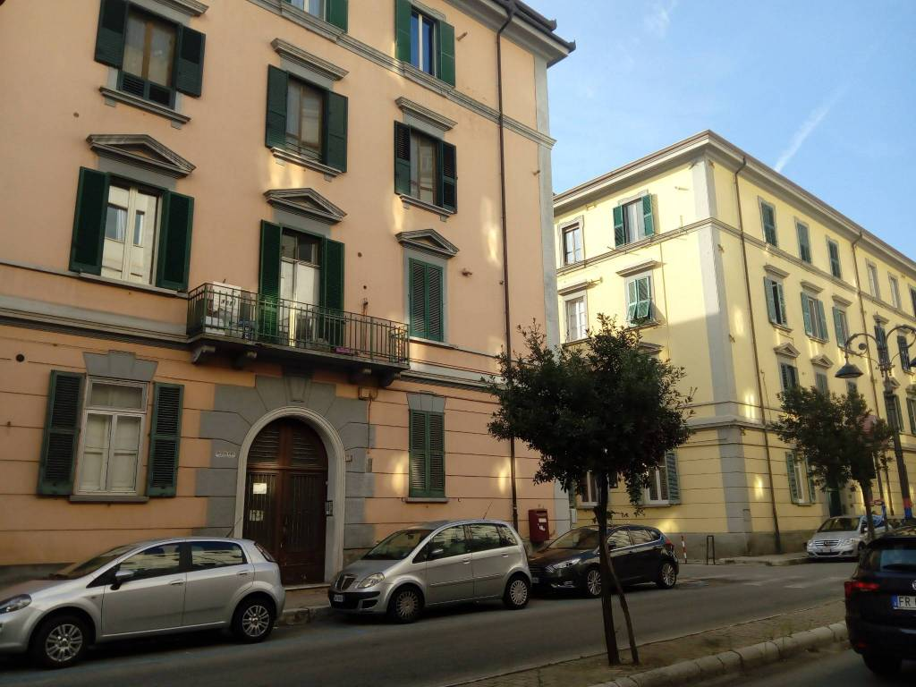 Appartamento da ristrutturare in vendita Rif. 8413957