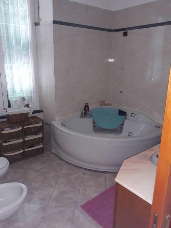 Appartamento in ottime condizioni in vendita Rif. 8411630