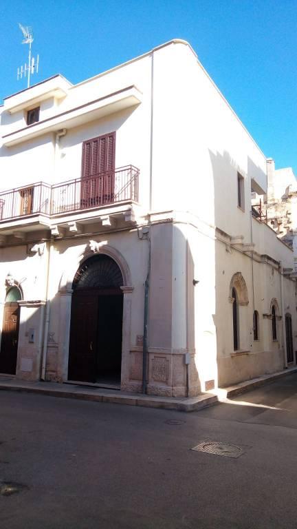 Stabile / Palazzo in ottime condizioni in vendita Rif. 8408309