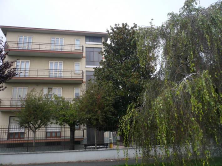 Appartamento in buone condizioni in vendita Rif. 8407778