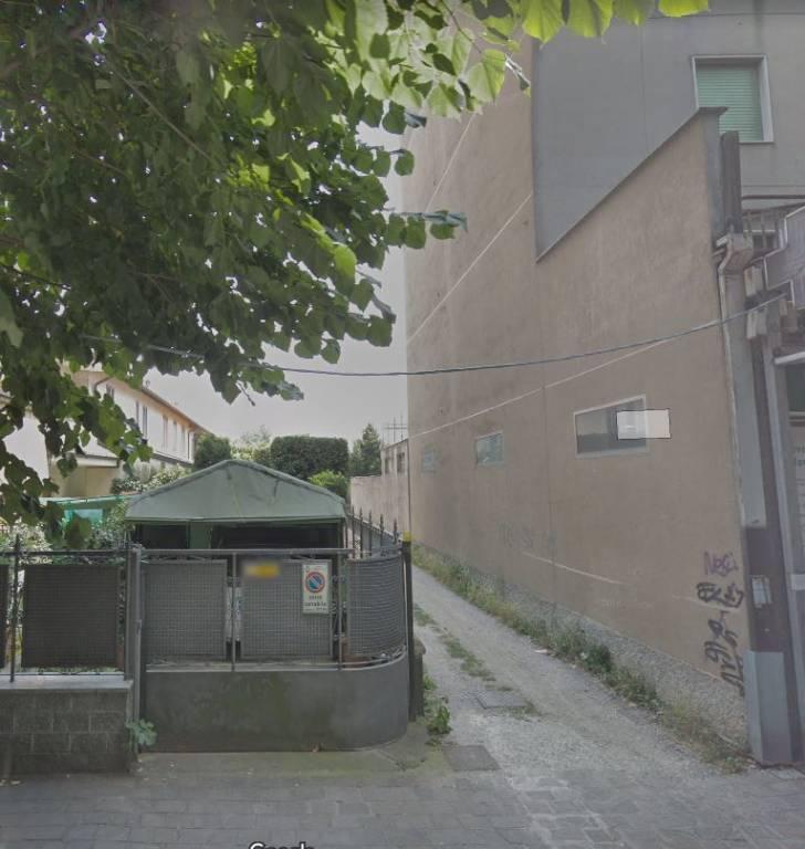 Appartamento in buone condizioni in vendita Rif. 8640924