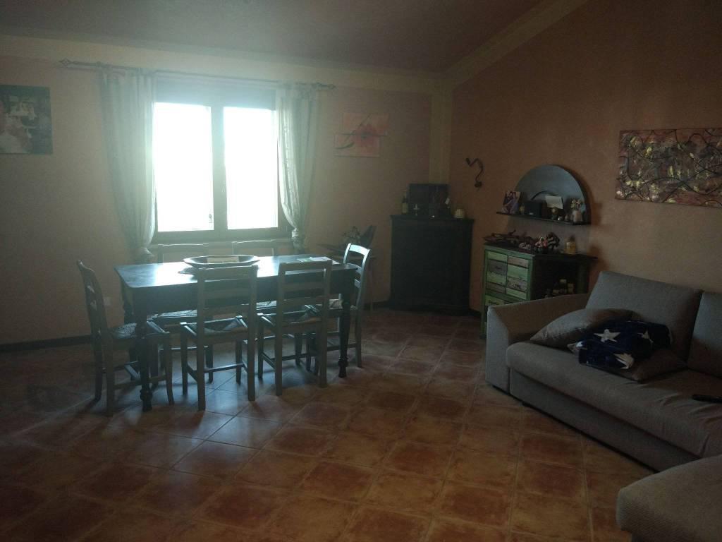 Villa in ottime condizioni parzialmente arredato in vendita Rif. 8410722