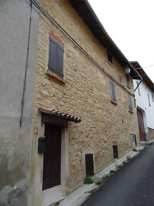 Casa Indipendente in buone condizioni in vendita Rif. 8412558