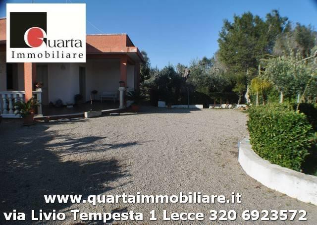 Villa in Vendita a Copertino Periferia: 4 locali, 180 mq