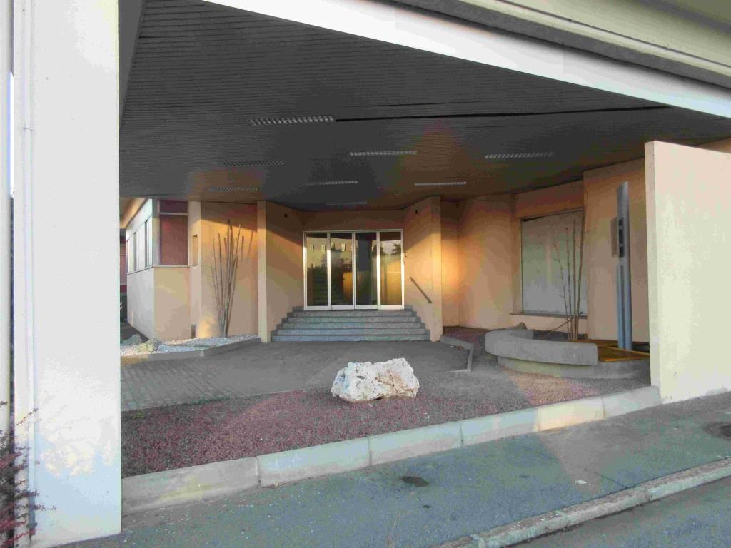 Ufficio / Studio in affitto a San Mauro Torinese, 6 locali, Trattative riservate | PortaleAgenzieImmobiliari.it