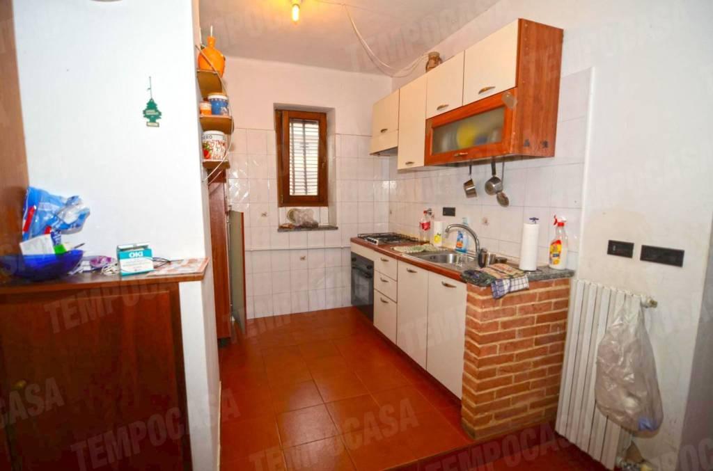 Appartamento in buone condizioni in vendita Rif. 8424286