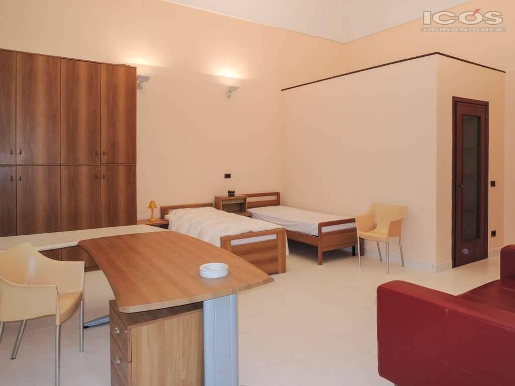 Appartamento in affitto a Novara, 2 locali, prezzo € 400 | CambioCasa.it