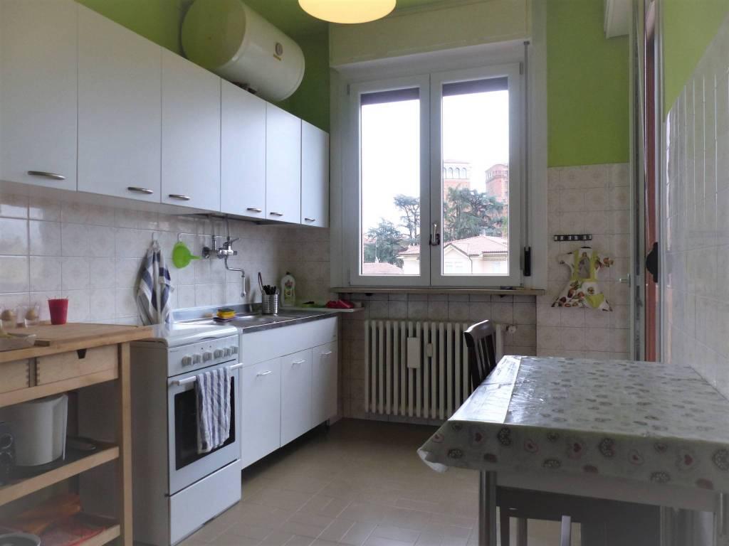 Appartamento in ottime condizioni arredato in affitto Rif. 8426371
